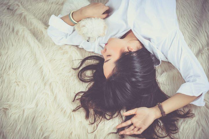 Werk aan je weerstand, slaap! - Sambucol vlierbessenextract voor je weerstand